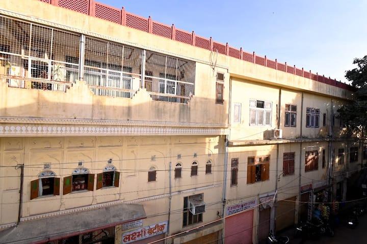 Heritage Haveli★Independent4 BR/Kitchen/Balcony ★