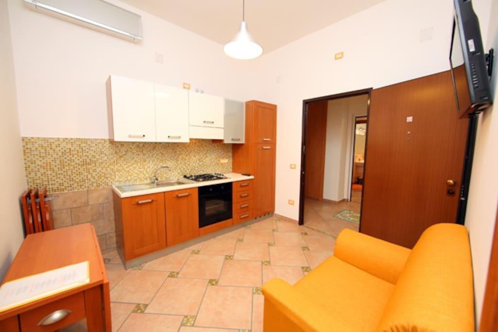 Casa vacanza monolocale palinuro appartamenti in for Appartamenti budoni affitto agosto
