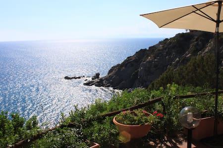Panoramica dependance sul mare - Rumah