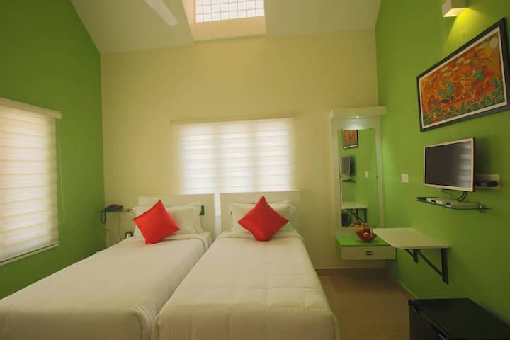 Clean & Safe Accommodation in Cochin HomeStay