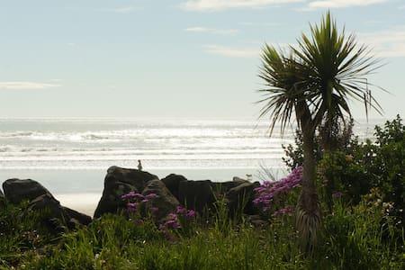 sumner beachfront retreat