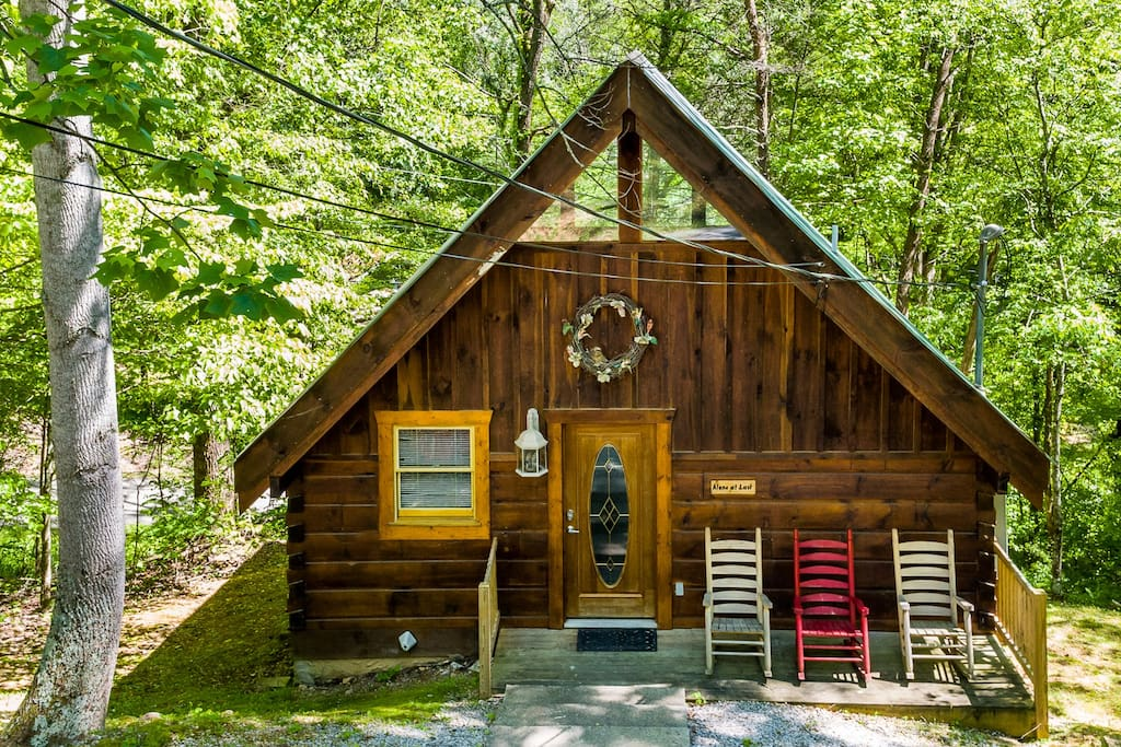 Alone at last 1bd 1ba great for couple 39 s getaway for Weekend getaways in tennessee for couples
