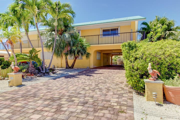 Fun waterfront home w/35ft. dock & access to shared pool and private beach!