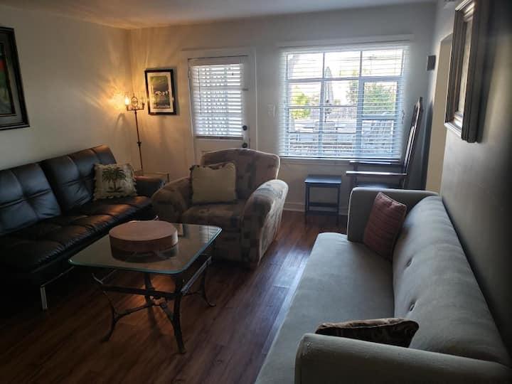 Huntsville Five Points  Apartment