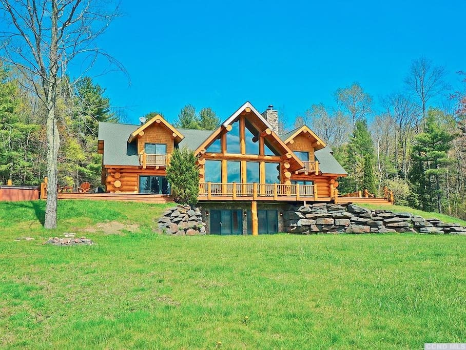 Luxury Log Home With Ski Windham Views Houses For Rent