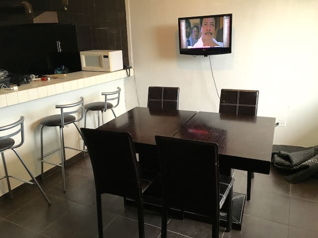 Habitación amueblada -Distrito TEC- - Monterrey - Appartement