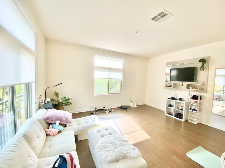 Luxury cozy Resort Apartment Irvine Spectrum