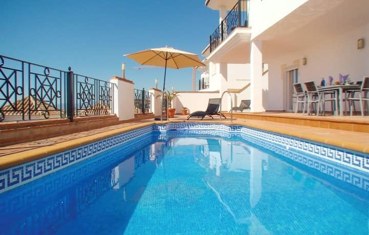 Villa with 3 bedrooms in Torrox, with wonderful sea view, private pool, terrace - 1 km from the beach