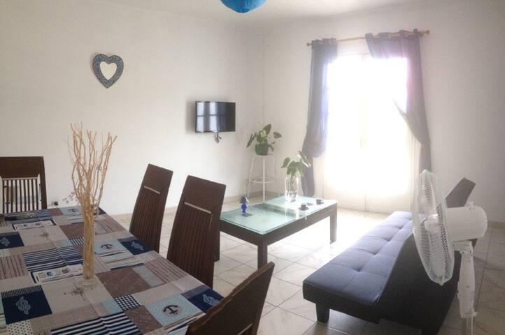 Appartement F3 - Petite Île - Apartment