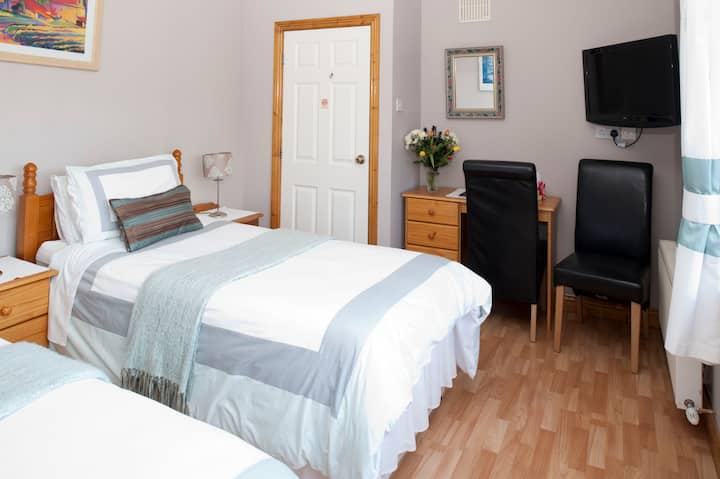 Almanii B&B 1 - Dublin Airport/City
