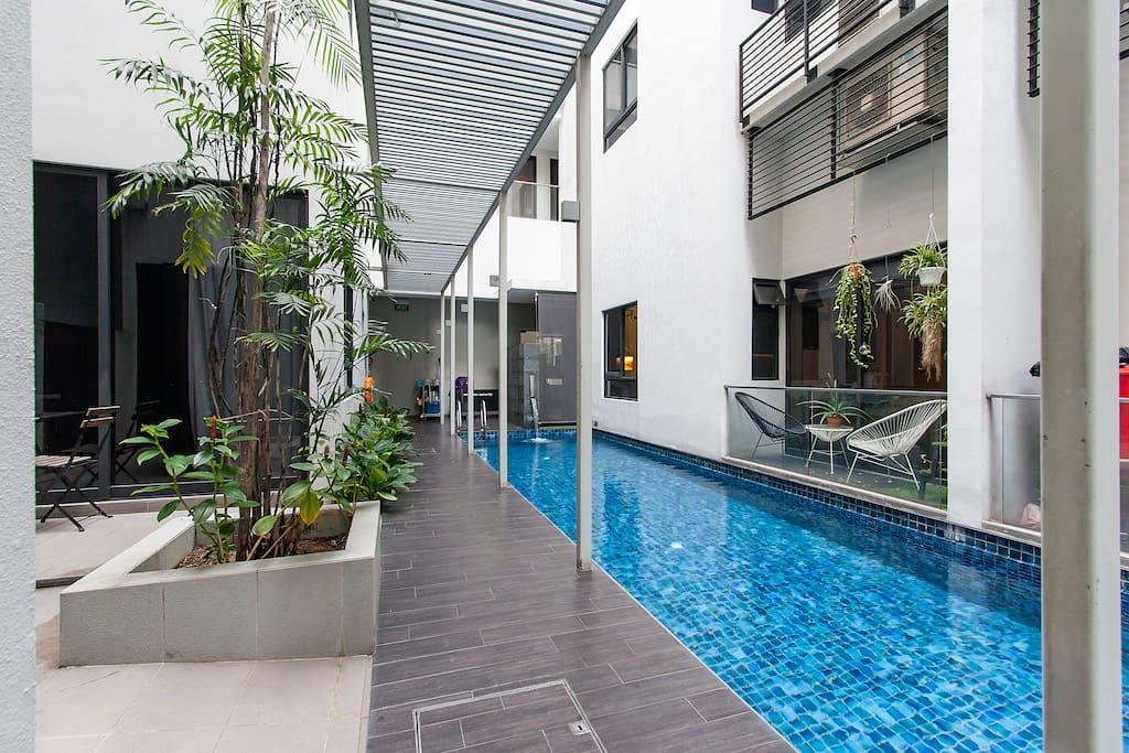 comfy studio near city transport appartements louer singapour singapore singapour. Black Bedroom Furniture Sets. Home Design Ideas