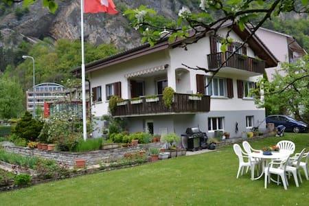 3 - Zimmerferienwohnung Interlaken - Interlaken - Apartament