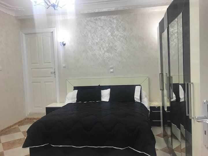 Grand Appartement Luxueux Neuf  F4 à Béjaïa Ville