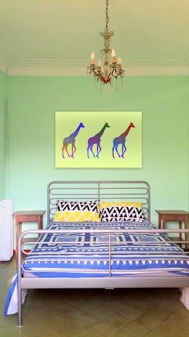 Spacious double room in PLaza España