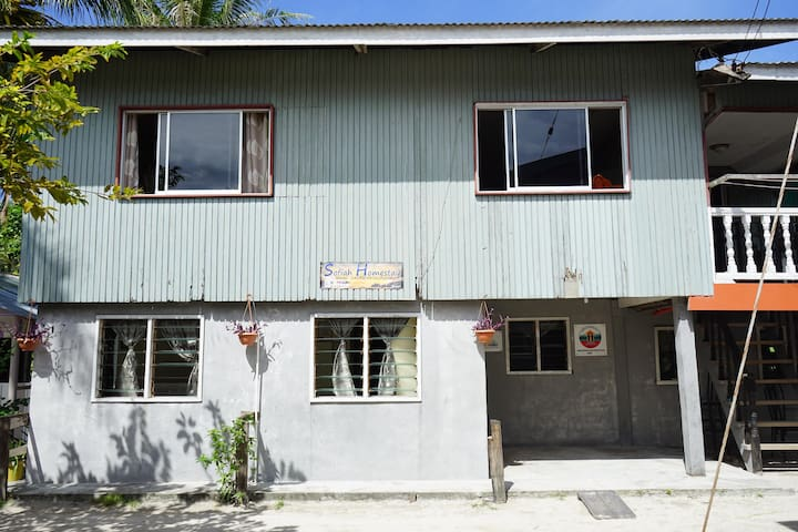 Sofiah Homestay Whole Unit