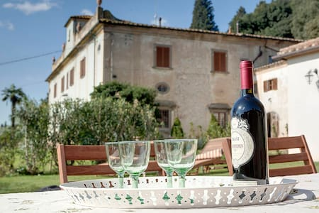 Macia Farmhouse: near Florence! - Calenzano