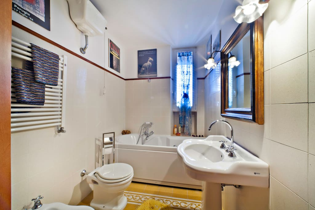 Romea bathroom