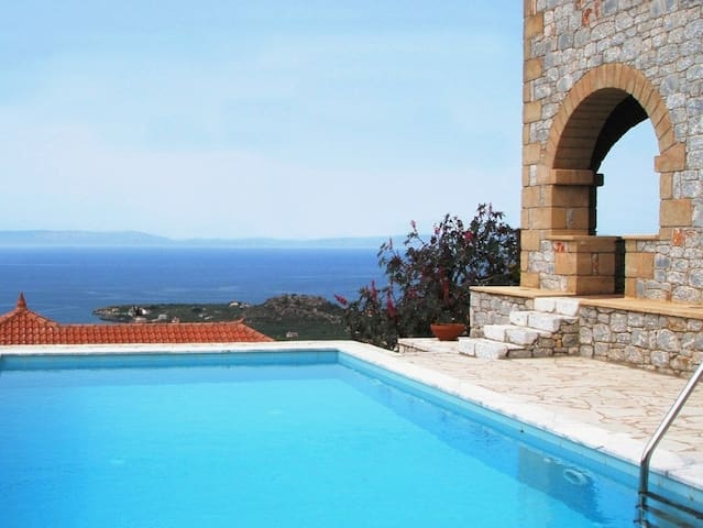 Luxury villa near Stoupa beach - Stoupa
