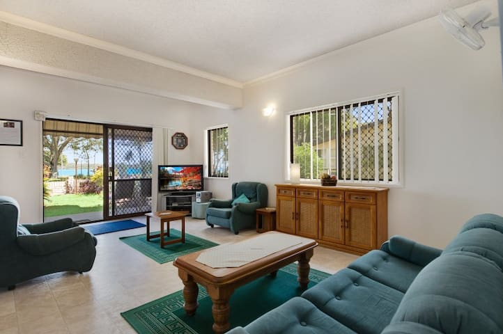 Keith's Place, the most popular unit on Bribie Is. - Bongaree - Apartament