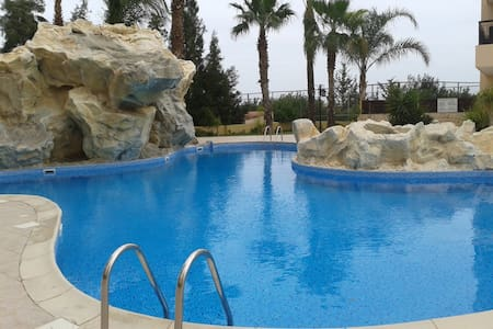 2 bedroom apartment with swimming pool, jacuzzi - Oroklini - Apartment