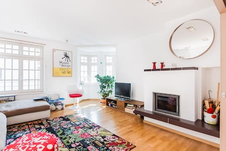 Modern apartment in a period house - Vipiteno - Apartment