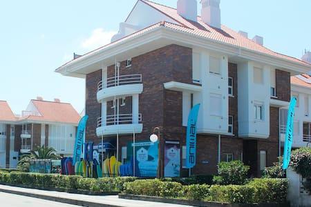 Watsay surf hostel hab 6 pax