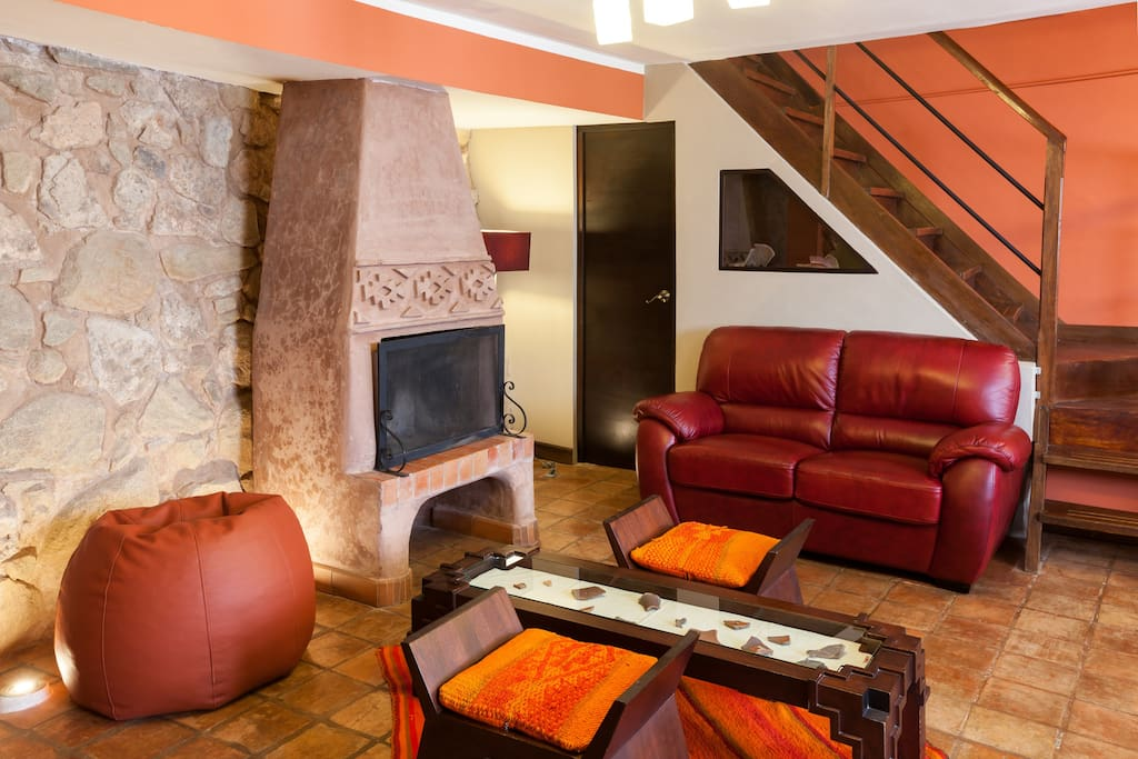 Living Area (fireplace and the original Inka wall)
