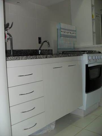 Unit to rent for few weeks!