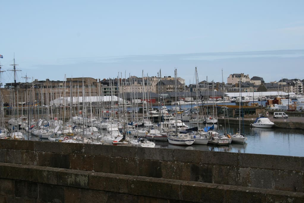 mettrie apartments for rent in saint malo brittany france. Black Bedroom Furniture Sets. Home Design Ideas