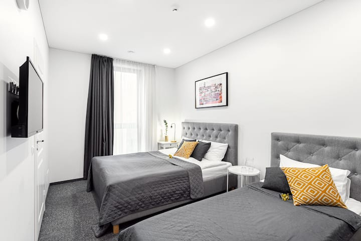 Kaunas Garden Apartments -Triple Room 7 by Houseys