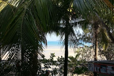 Beachfront family suite (Sea view) - กะทู้ - อพาร์ทเมนท์