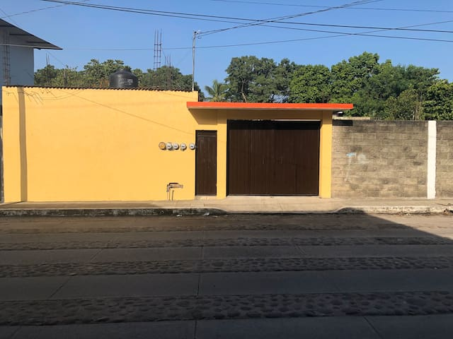 """"""" VILLAS IXCHEL """" RECÁMARA CLIMATIZADA 2"""