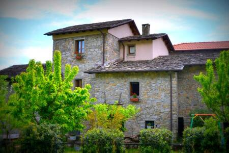 Agriturismo in Lunigiana Toscana - Bed & Breakfast