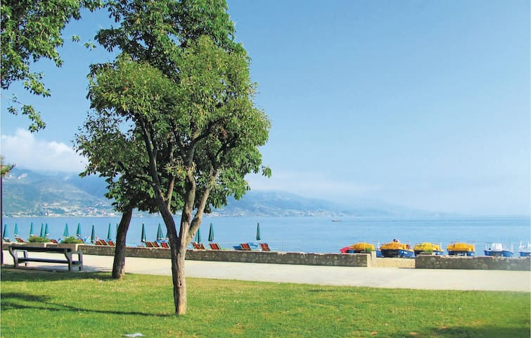 Holiday apartment with 1 bedroom on 41 m² in Pogradec