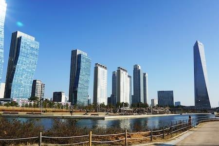 Art Center Water Front View Apt - Yeonsu-gu - Apartment