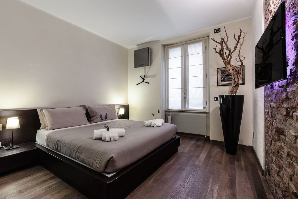 The master bedroom ensuite