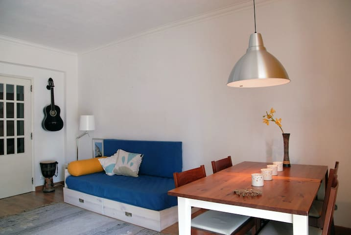 Cozy and spacious fully equipped apartment. - Aroeira - Daire