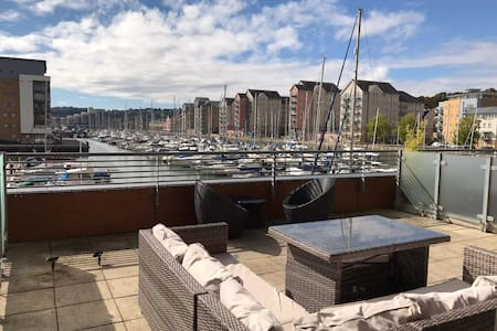 Portishead Marina View - Close to Bristol