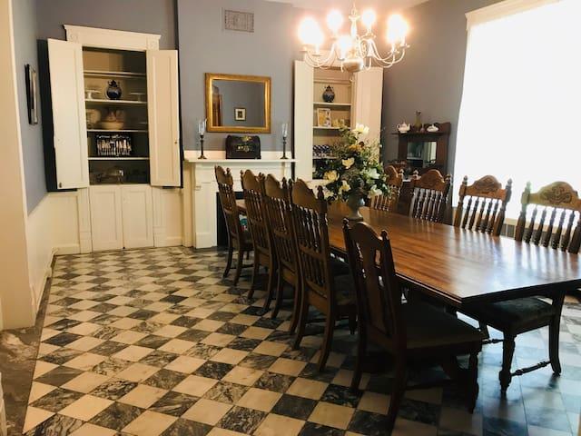 Dining Room seats 12-14