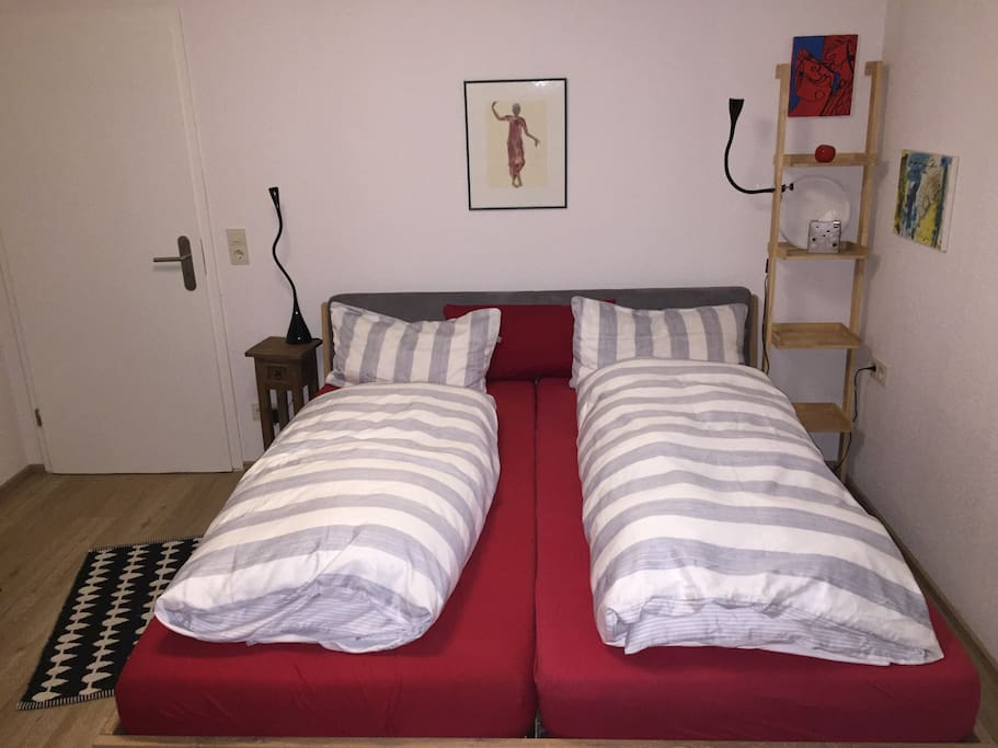 Betten L/B,  200 cm / 90 cm