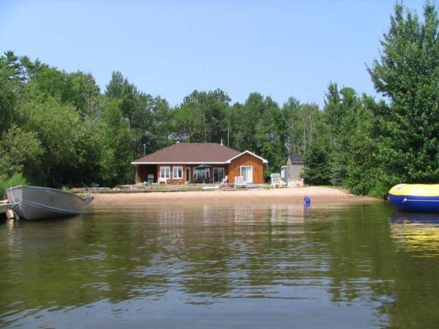 Private Beachfront Cottage - Callander