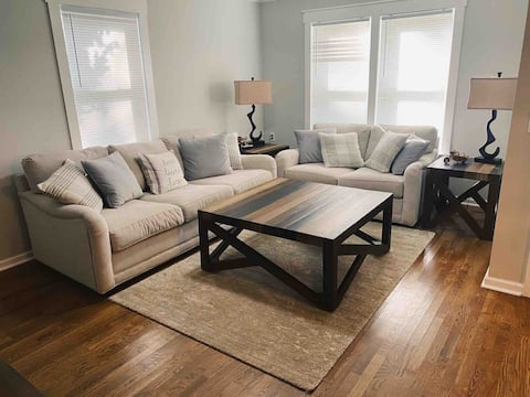 Comfy Traditional 3BR 2BA near dowtown