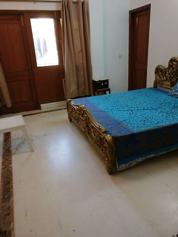 Lovely room in a plush location of Gurgaon