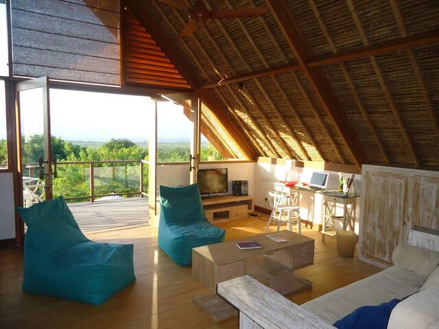 Villa Nusa Kecil mezzanine