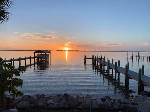 The Micco Fishing Cottage Indian River FL