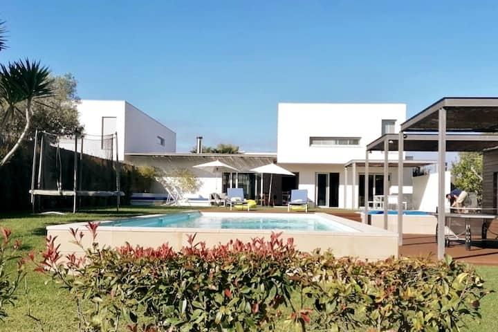 Premium Villa no Meco, repleta de actividades