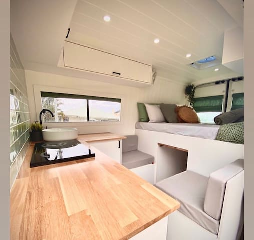 THE BEST LUXURY APARTMENT ON WHEELS