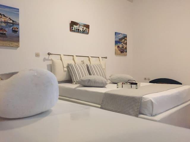 Villa Tasoula studio