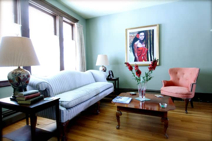 Historic Arts & Crafts: Rose Room
