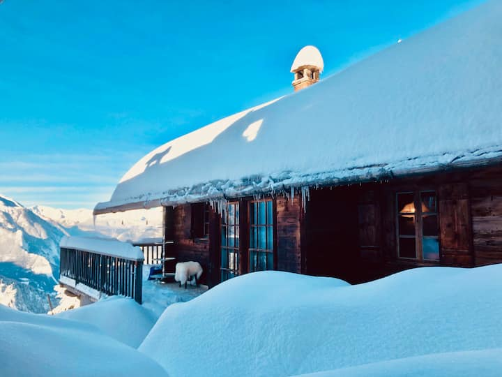 Magic Ski-In-And-Out Chalet above Verbier